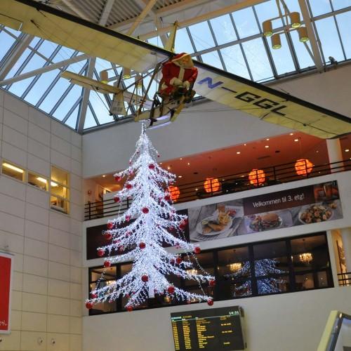 Avinor, Bergen Lufthavn, juldekor