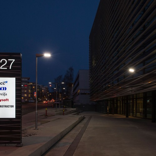 NCC,  Oslo, belyst pylon