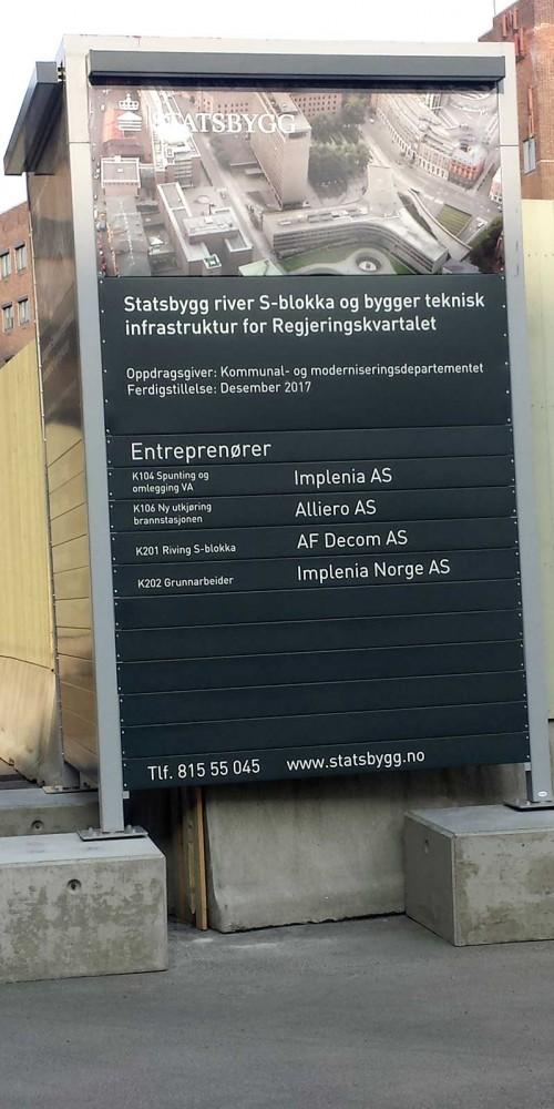 Statsbygg, skylt på byggnadsplats