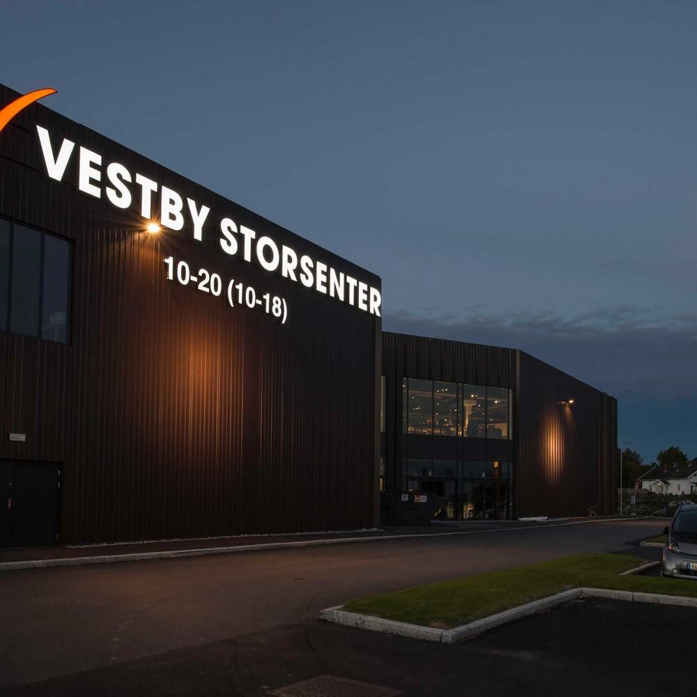 Vestby Storsenter,  fasadskylt