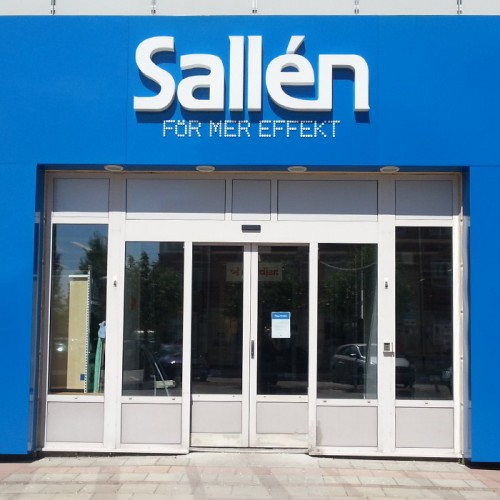 Sallén, Uppsala, ljusskylt, portal